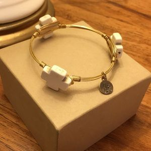 Bourbon & Bowties bangle bracelet / White crosses